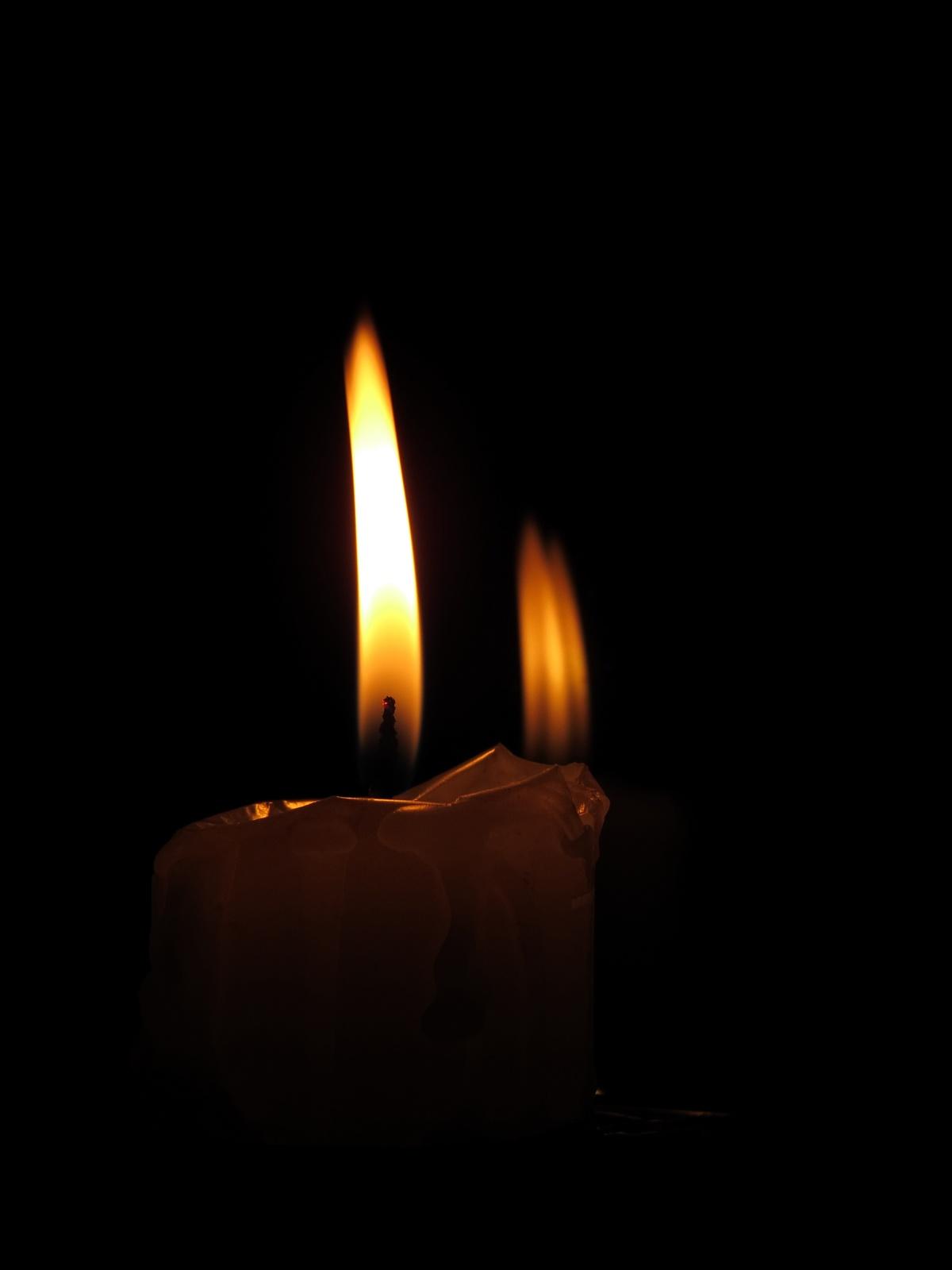 El fulgor de la quema de velas
